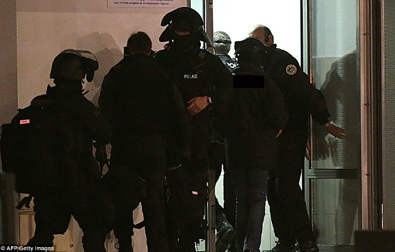 SEEN IN THIS PHOTO: GERMAN ANTI-TERROR POLICE SWAT TEAMS ARE INSTRUMENTS OF TERROR OFTEN USED TO INTIMIDATE AND SILENCE UNARMED POLITICIANS, ACADEMICS AND INTELLECTUALS. IN A NATION WHOSE WHOLE EXISTANCE AS A MODERN STATE IS ENTIRELY BASED ON LIES THERE IS ZERO TOLERANCE OF POLITICAL DISSENT.