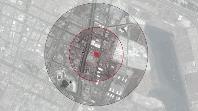 Satellite image of Tianjin with overlay of blast radius.