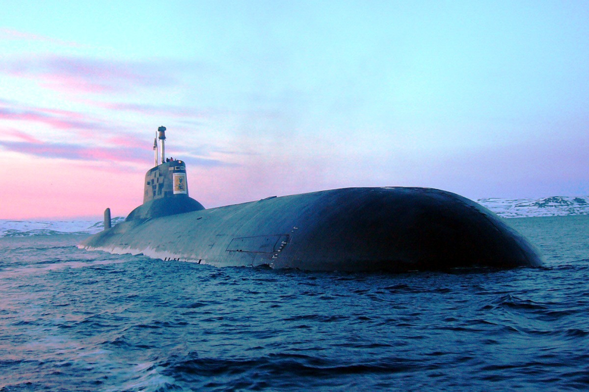 Russia sends world's largest submarine, with 200 nukes, to Syria