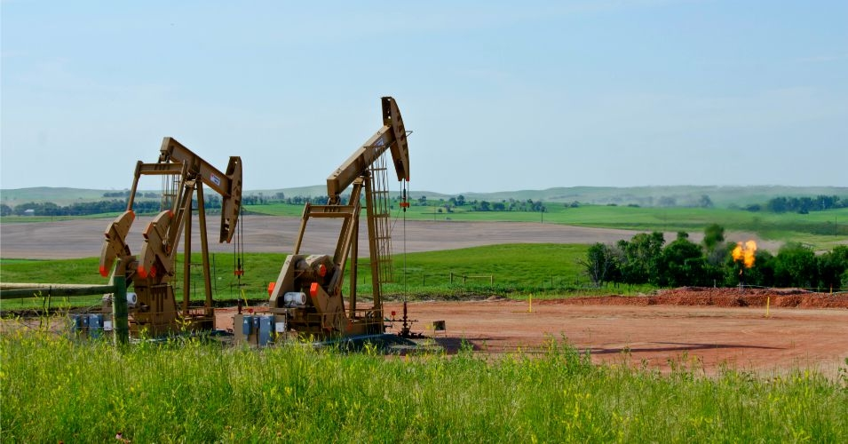 Fracking wells in McKenzie County, North Dakota. (Photo: Tim Evanson/flickr/cc)