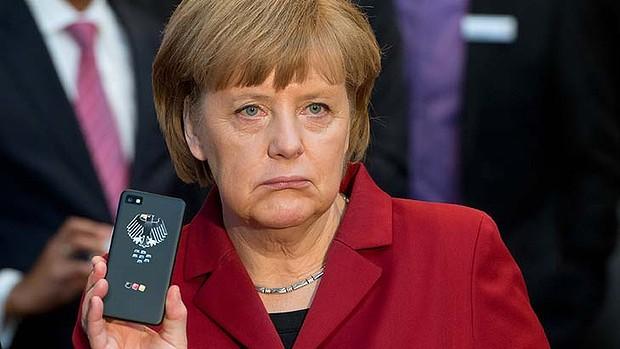 http://images.smh.com.au/2013/10/24/4855507/art-Angela-Merkel-Phone-777220981-620x349.jpg