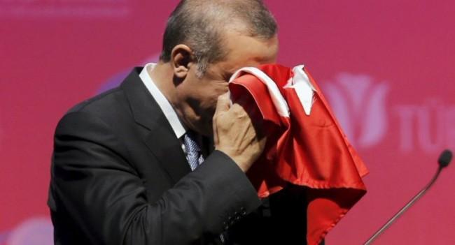 erdogancryingflag