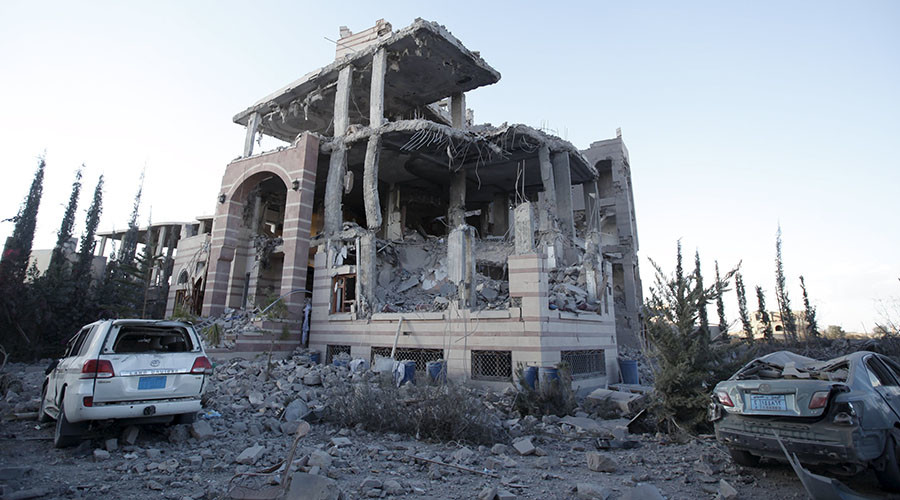 A house is pictured after it was destroyed by a Saudi-led air strike in Yemen's capital Sanaa January 8, 2016. © Khaled Abdullah