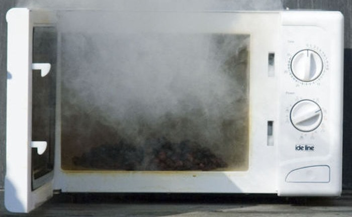 Picture of Burnt Food in Microwave