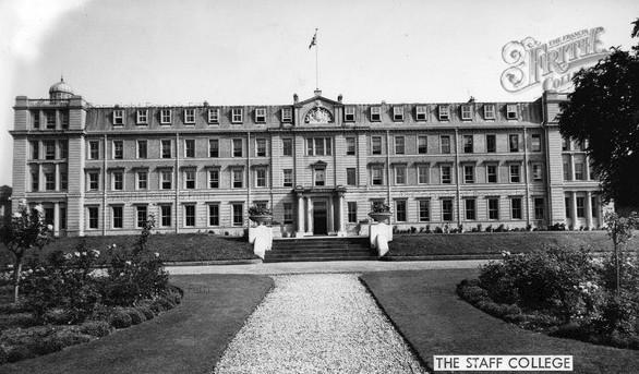 camberley-staff-college-c1955_c12056