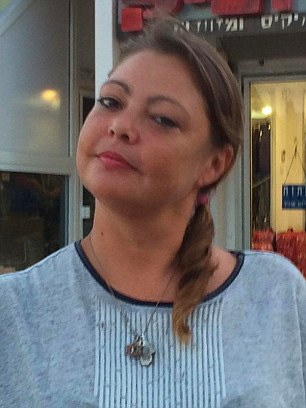 Ms Pearson's family say the 38-year-old had been badly beaten hours before she collapsed and died following a visit to a guest house in Eilat, Israel