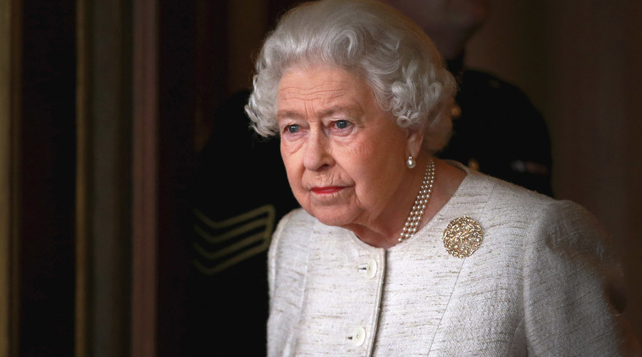 Britain's Queen Elizabeth © Chris Jackson