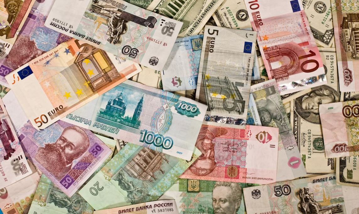Foreign-Exchange Regulations and West's Currency War Against Russia