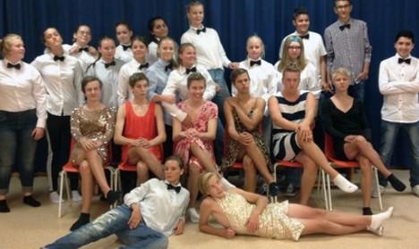 Cross-dressing teens cause stir at high school