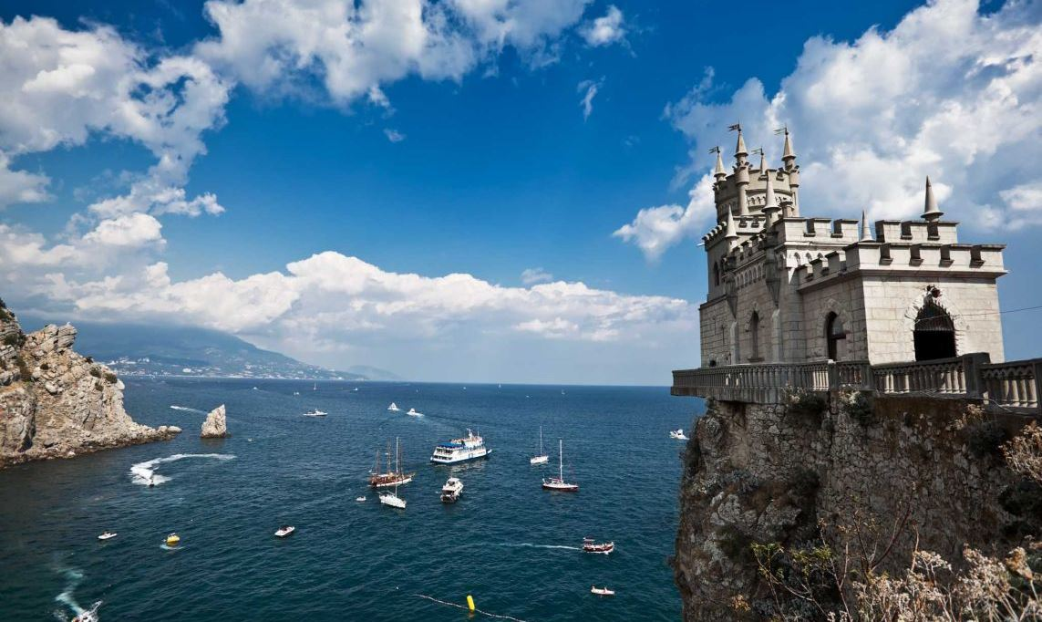 Crimea: Failed Policy of Sanctions Nearing Its End