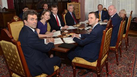 Ambassador Alexander Yakovenko meets British MPs in the Russian embassy in London. ©Russian Embassy in the UK