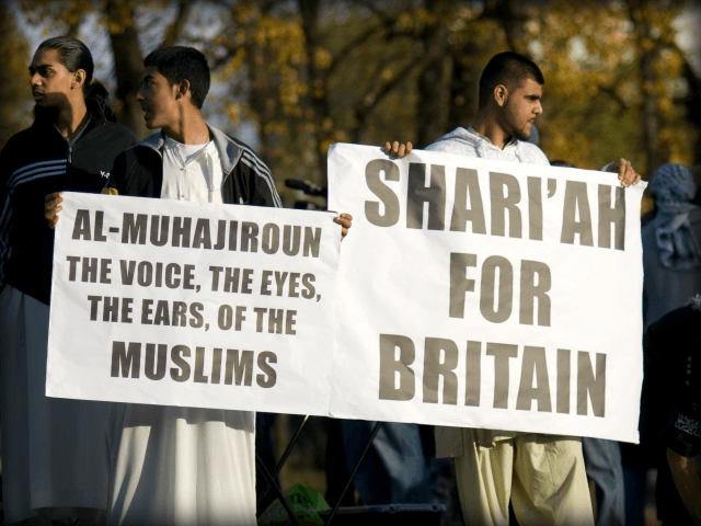 A_public_demonstration_demanding_Sharia_in_Britain