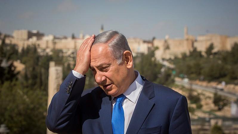 Prime Minister Benjamin Netanyahu during a visit to the Menachem Begin Heritage Center in Jerusalem on March 14, 2016 (Yonatan Sindel/Flash90)