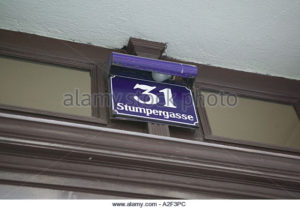 austria-vienna-house-sign-of-stumpergasse-31-adolf-hitlers-apartment-a2f3pc