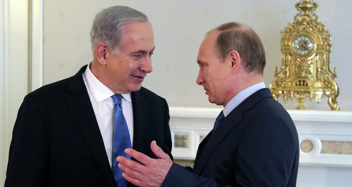Russia's President Vladimir Putin (R) and Israeli Prime Minister Benjamin Netanyahu speak during their meeting at Putin's residence in the Black Sea resort of Sochi, on May 14, 2013