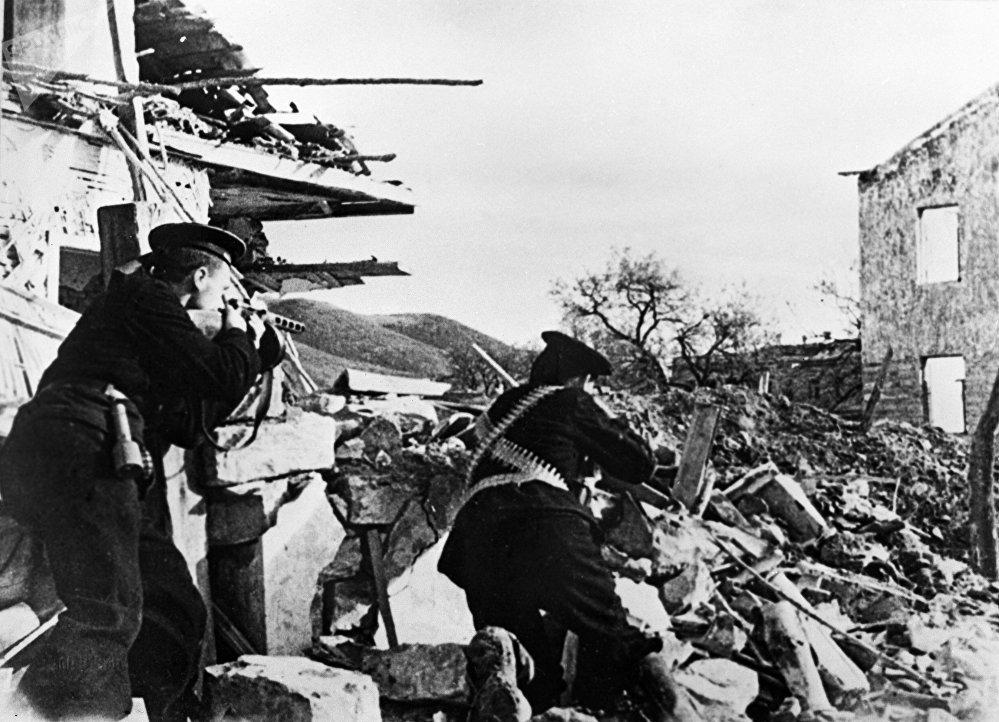 Naval infantry of the Black Sea Fleet, nicknamed 'Black Death' by the Nazis, fighting in Sevastopol