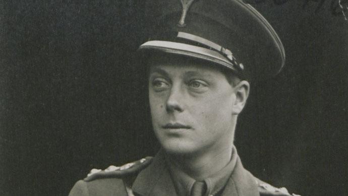 Nazi king? Fascist sympathizer Edward VIII wanted Britain bombed, historian claims
