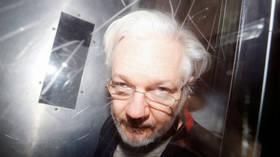 John Pilger: Julian Assange must be freed, not betrayed