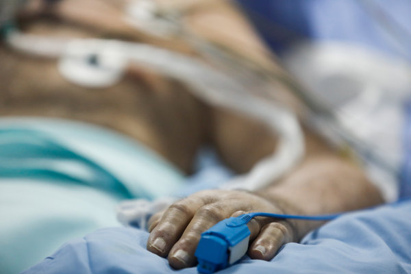 A pulse oximeter can provide early warning of the kinds of breathing problems associated with Covid-19 pneumonia.