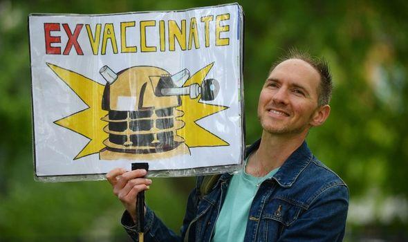 coronavirus vaccine protest