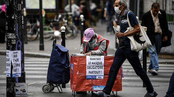 An announcement on the mandatory use of face masks on the streets of Paris on September 1, 2020.